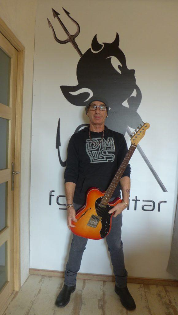 bernard marrait-luthier Ariège-fgh guitar