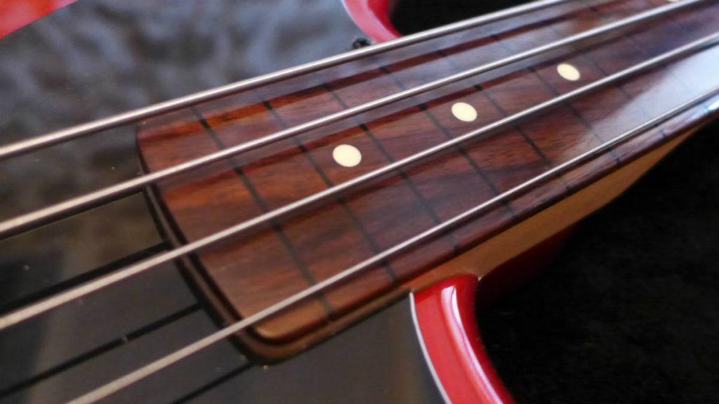 basse fretless-luthier Aude-luthier Ariège